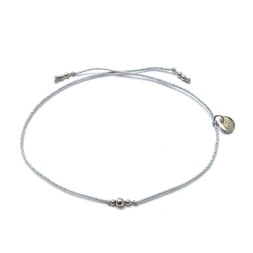 Bransoletka sznurkowa LUCKY srebrna z kuleczkami