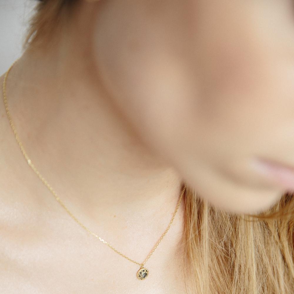 Naszyjnik SKY srebrny pozłacany z masą perłową