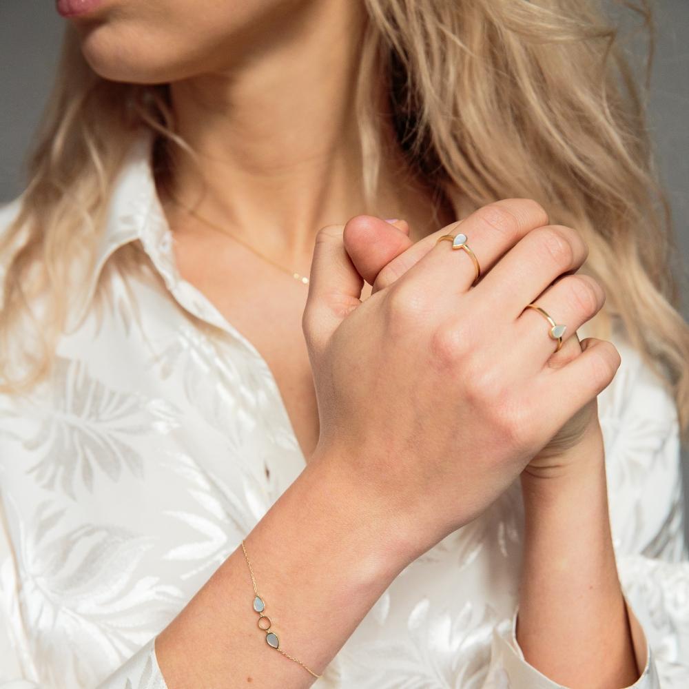 Bransoletka GLOW złota z masą perłową
