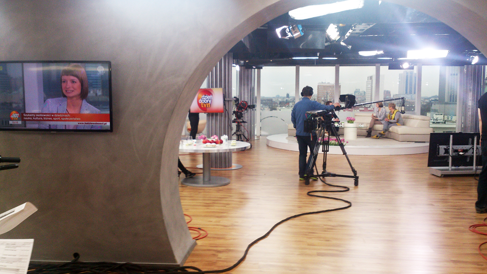 ddtvn_backstage1